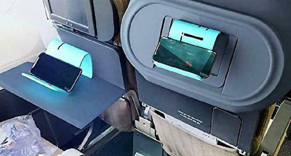 iFlex In-Flight Tablet Holder