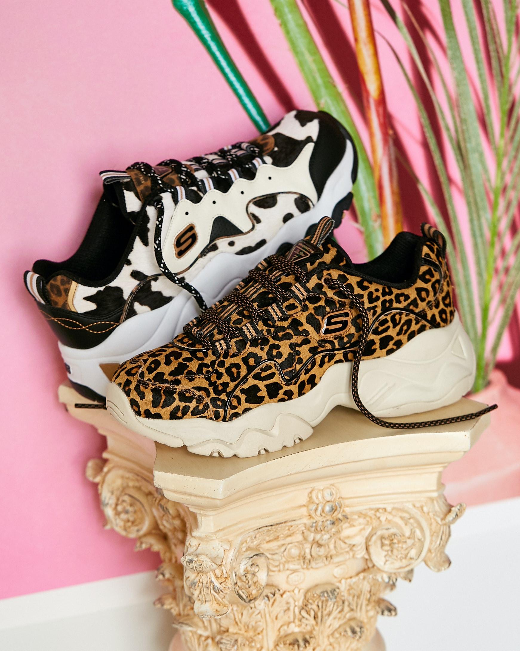 skechers shoe print