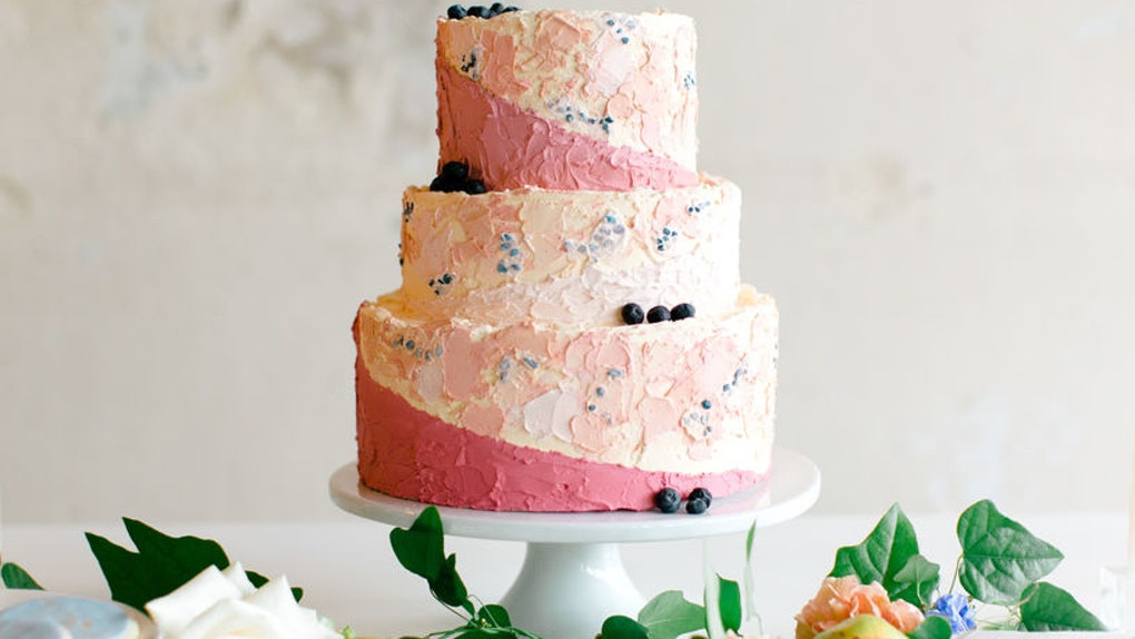 How Much Does A Wedding Cake Cost 8 Brides Reveal What They Paid