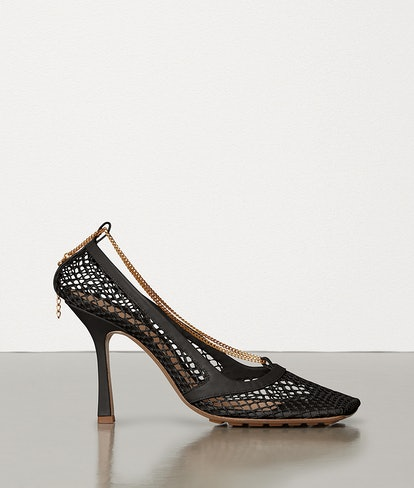 Stretch Pumps In Mesh
