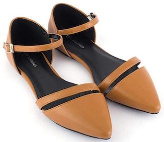 Mio Marino Pointed Toe Flats
