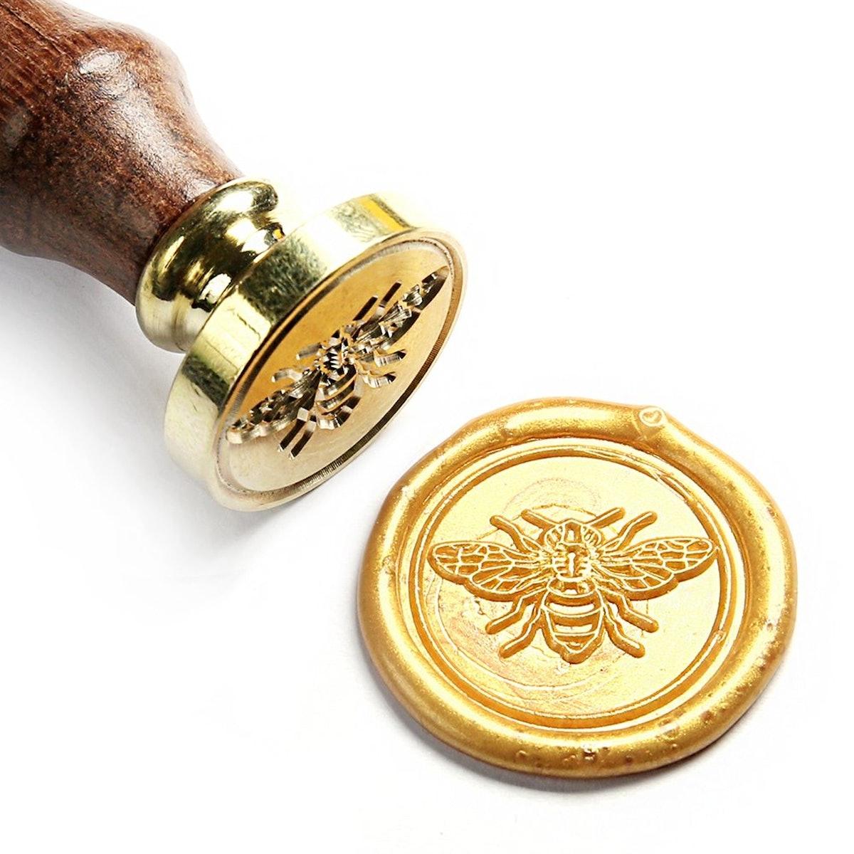 UNIQOOO Cute Little Bee Wax Seal Stamp