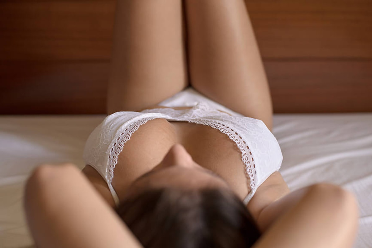 Dipsea is a free erotic app featuring sexy stories.