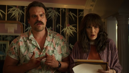 """David Harbour Isn't Sure Hopper Is """"The American"""" On 'Stranger Things' Anymore"""