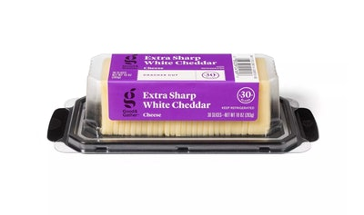 Good & Gather Extra Sharp White Cheddar Cracker Cut Cheese