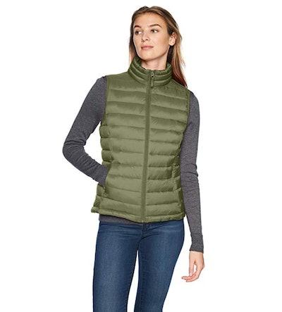 Amazon Essentials Lightweight Water-Resistant Puffer Vest