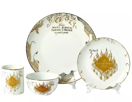 You can now purchase Harry Potter-themed dishes online at Target.com to make your magical dinnertime...