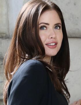 Scarlett James