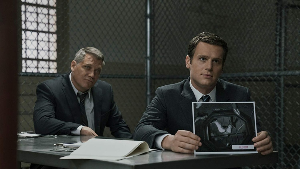 Holt McCallany and Jonathan Groff in Mindhunter (2017)