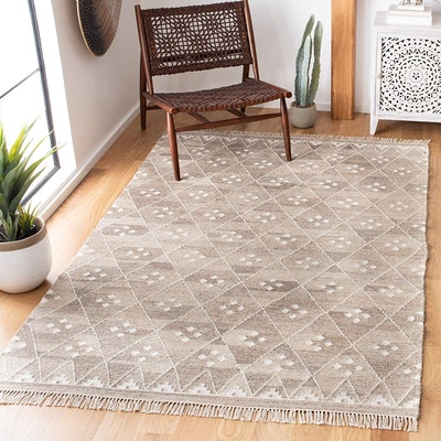 Safavieh Natural Kilim Collection Flatweave Natural and Ivory Wool Area Rug (4 by 6 Ft)