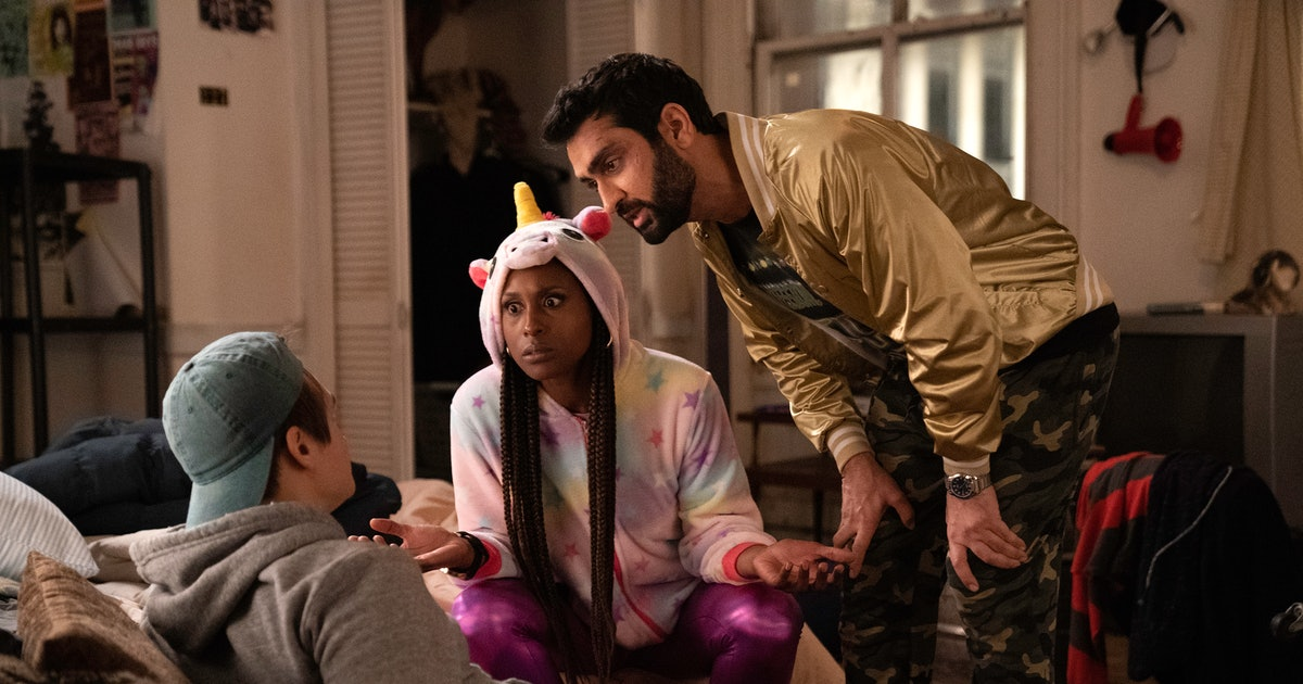 'The Lovebirds' Trailer Teases Issa Rae & Kumail Nanjiani's Murderous Rom-Com