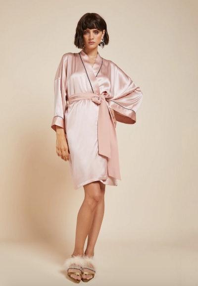 Mimi Oyster Short-Length Silk Kimono