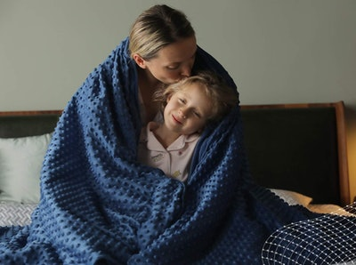YnM Cooling Bamboo Weighted Blanket