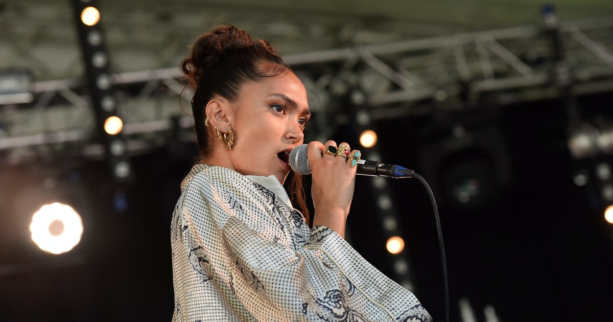 "Joy Crookes Says ""Something Needs To Be Done"" About The Lack Of Female Nominees At The BRITs 2020"