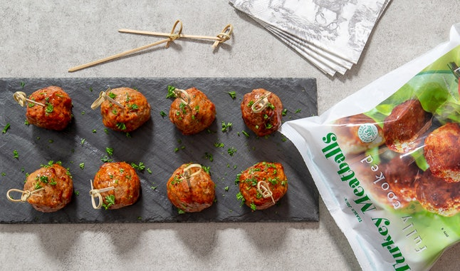 These turkey meatballs are the ultimate Super Bowl dish.