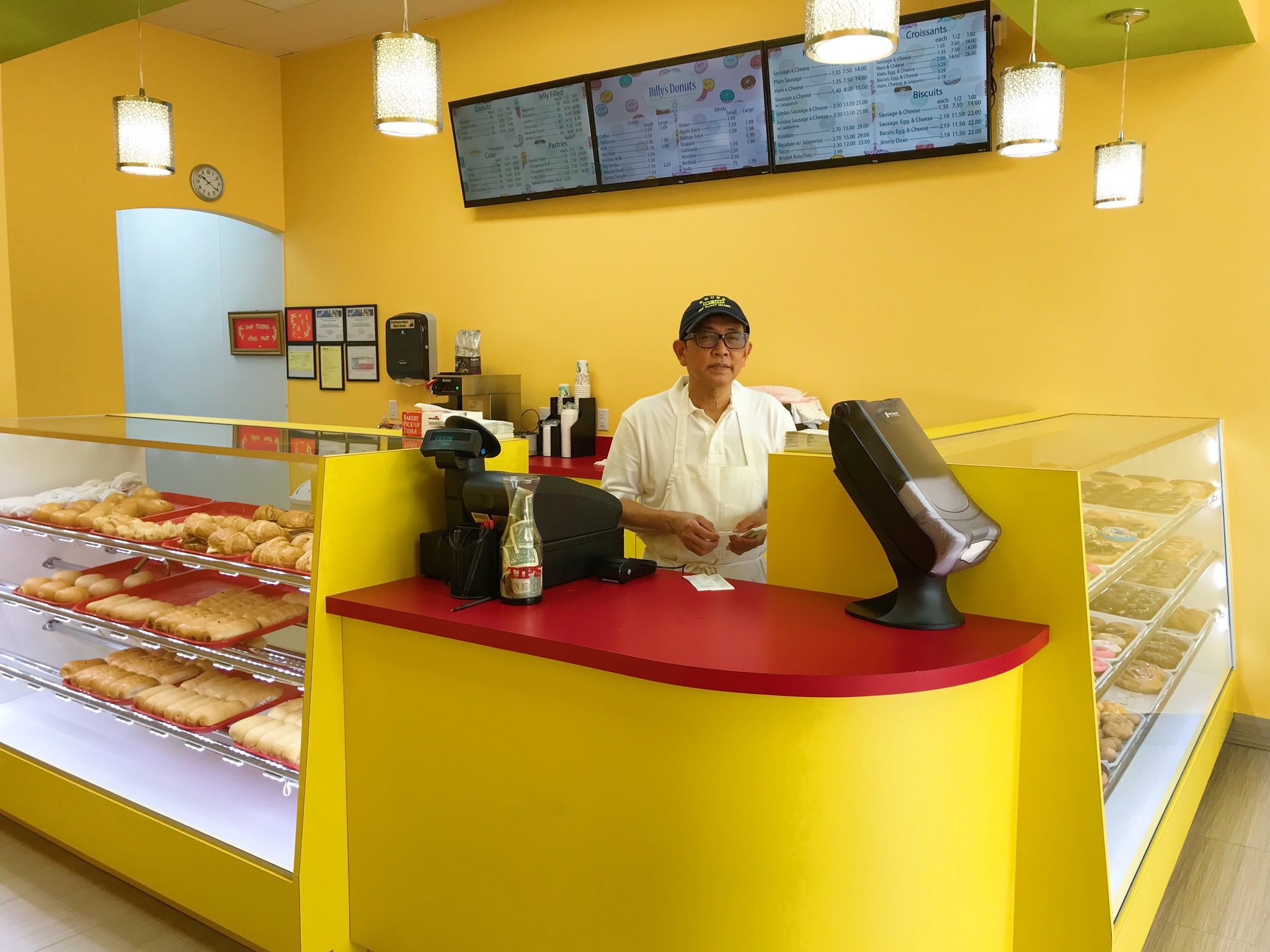 What ever happened to the struggling doughnut shop that went viral on Twitter?