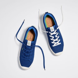 Cariuma announces the restock of its IBI sneakers, which has a waitlist of over 5,000 people