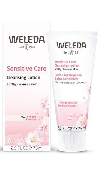 Sensitive Care Cleansing Lotion - Almond