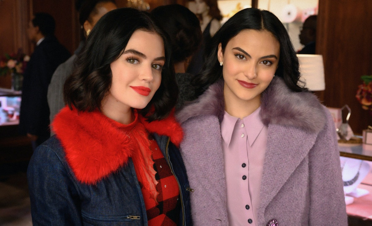 Veronica Lodge and Katy Keene meet in photos from the upcoming 'Riverdale' and 'Katy Keene' crossove...
