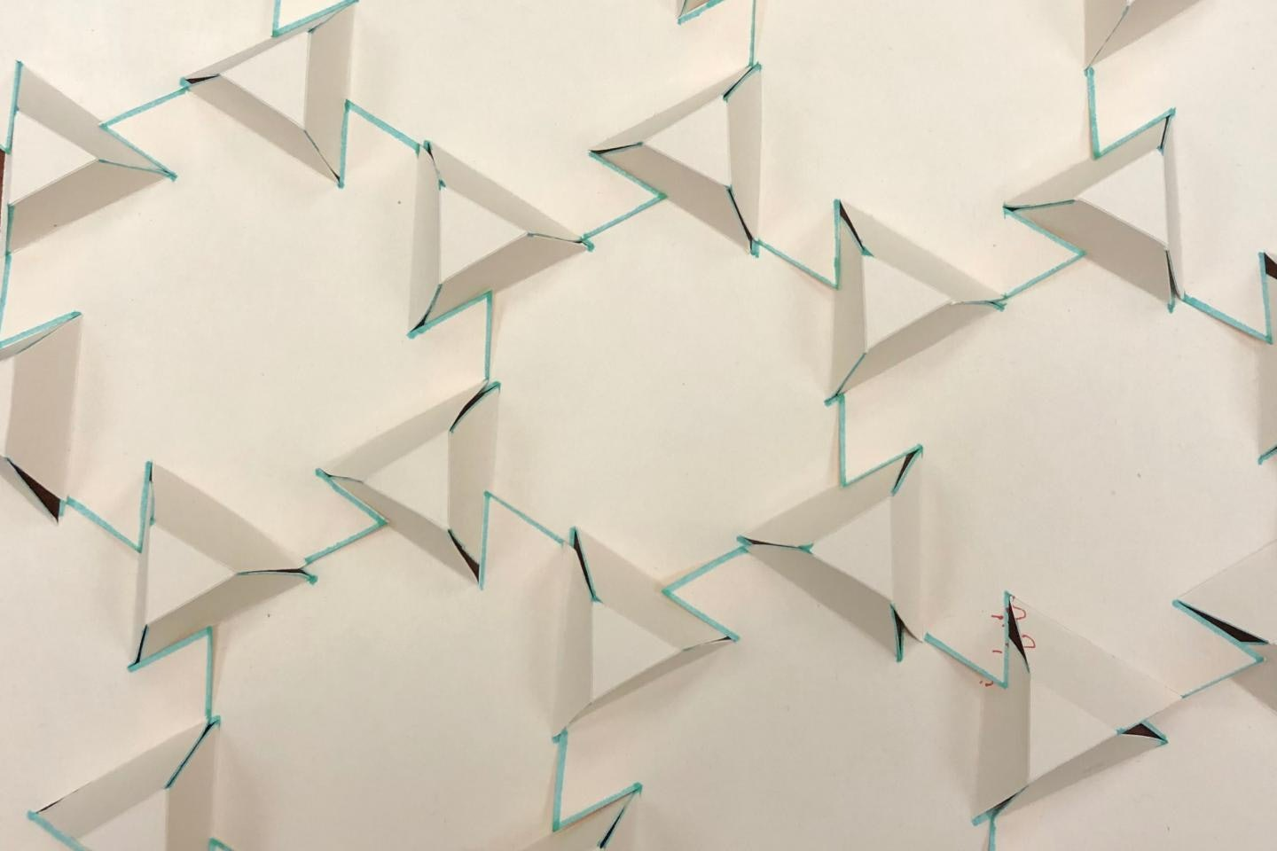 One 'origami engineer' is giving the ancient art a modern twist ... | 960x1440