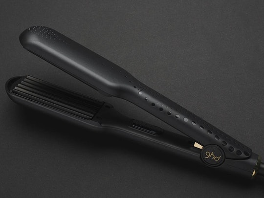 According to reviews, these are the best hair crimpers to achieve the '90s style.