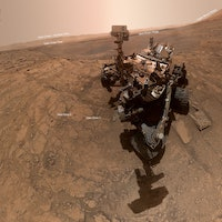 Mars: viral photo shows what 7 years on the red planet did to Curiosity rover