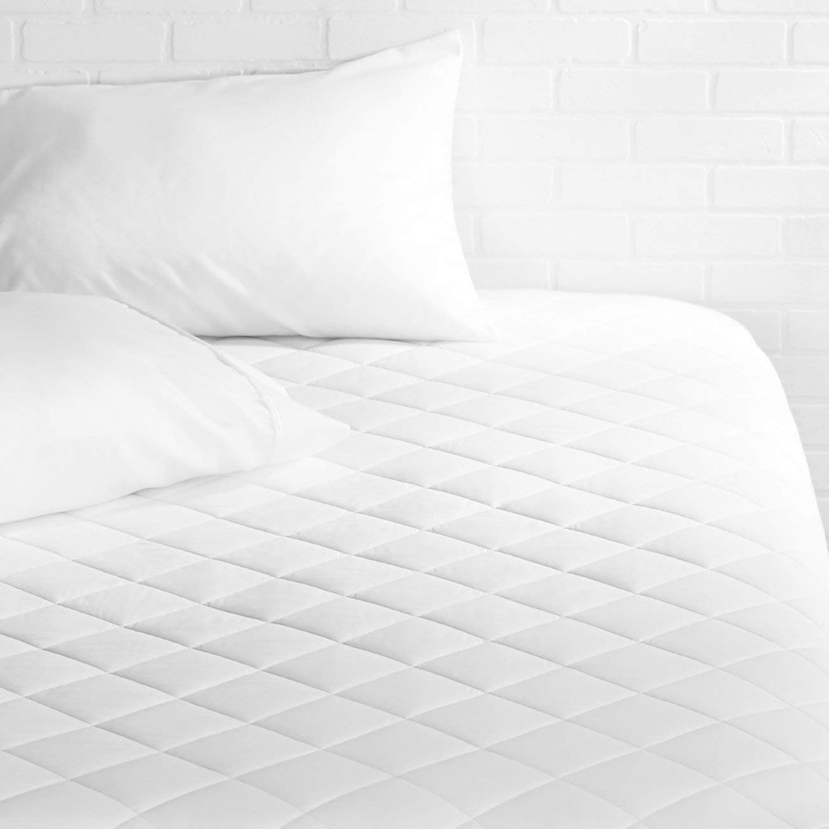 Amazon Basics  Quilted Mattress Topper Pad