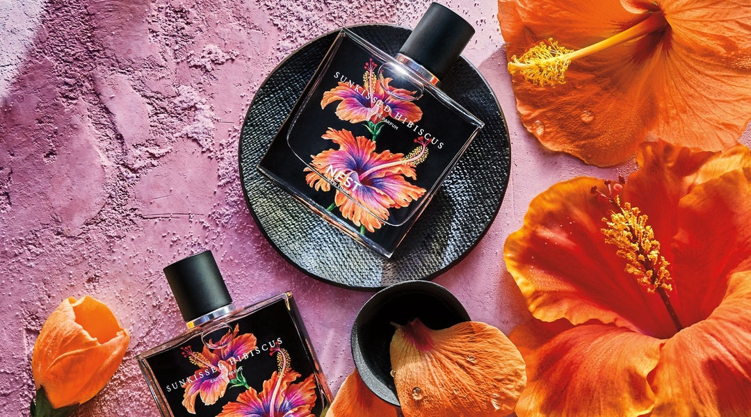 The new NEST Sunkissed Hibiscus fragrance in bottle.