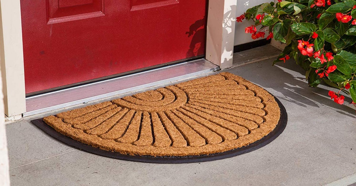 Amazon Reviewers Agree That These 5 Doormats Are The Best At Keeping Your Floors Clean
