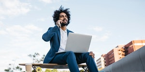 3 tips for remote workers to feel more connected