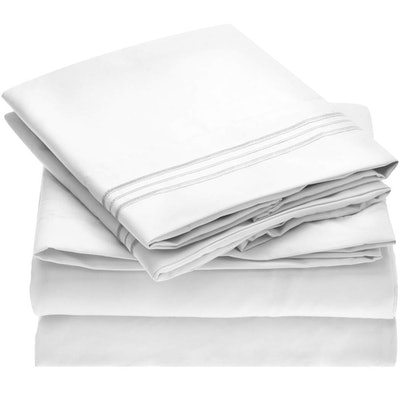Mellanni Bed Sheet Set (Queen, White)