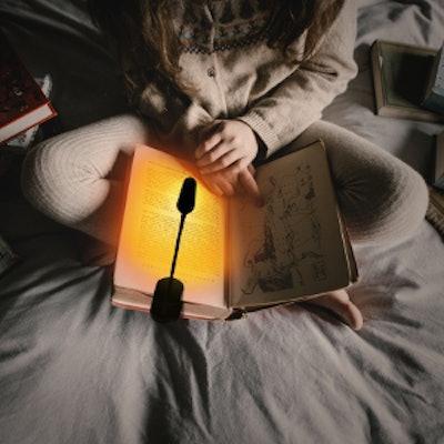 Hooga Amber Reading Light