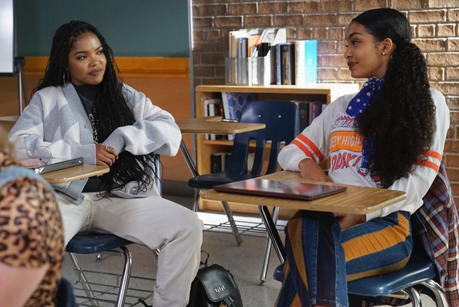 Ryan Destiny's 'grown-ish' character Jillian takes a public speaking class with Zoey (Yara Shahidi).