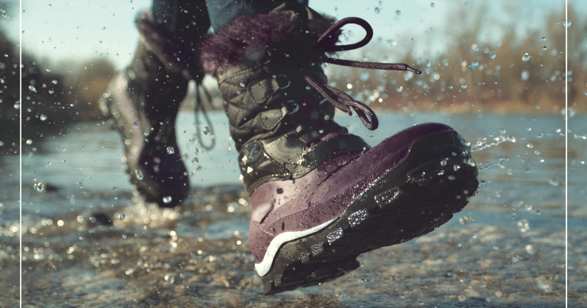 These Waterproof Boots Keep Your Feet Nice & Dry — Even When The Weather Is Messy AF