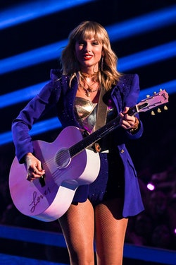 Taylor Swift onstage