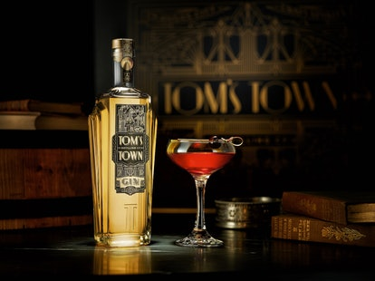 Tom's Town distillery in Kansas City has the perfect game day gin recipe.