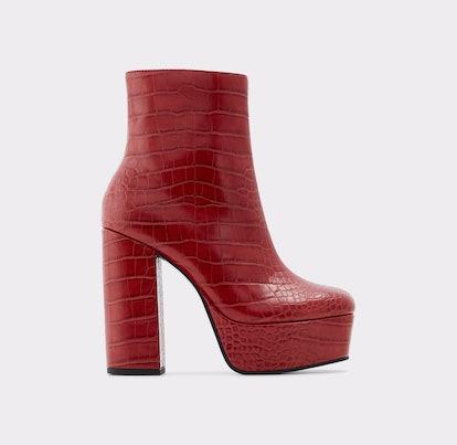 Delarathien Boots