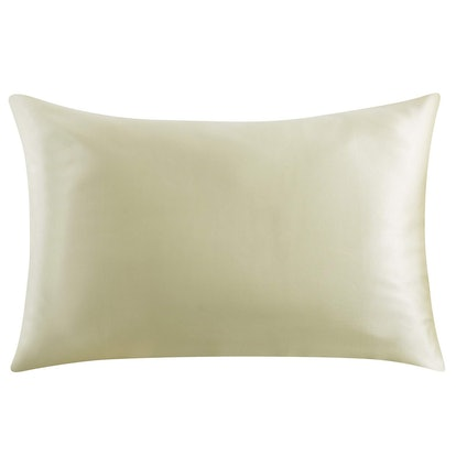 Roll over image to zoom in               VIDEO ZIMASILK 100% Mulberry Silk Pillowcase for Hair and Skin
