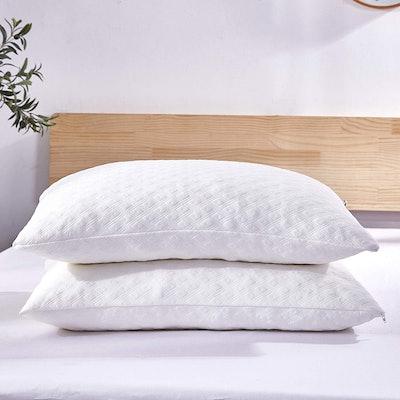Dreaming Wapiti Pillows (2-Pack)