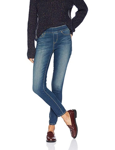 Signature by Levi Strauss & Co. Gold Women's Totally Shaping Pull-on Skinny Jeans