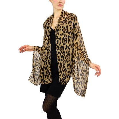 WOMEN'S LARGE LEO PRINT SHAWL