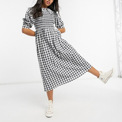 Frill Collar Shirred Midi Skater Dress In Mono Gingham