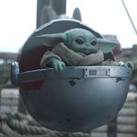 'Mandalorian' Season 2 can fix a massive 'Force Awakens' Jedi plot hole