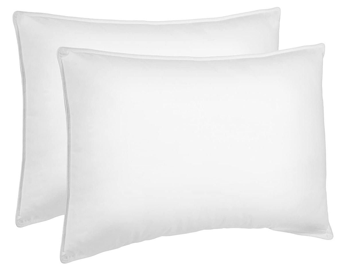 AmazonBasics Down Alternative Bed Pillows (2-Pack)