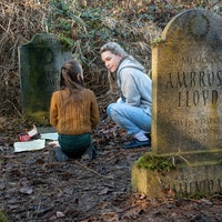 'Haunting of Bly Manor' spoilers: How did the parents die in the show and book?