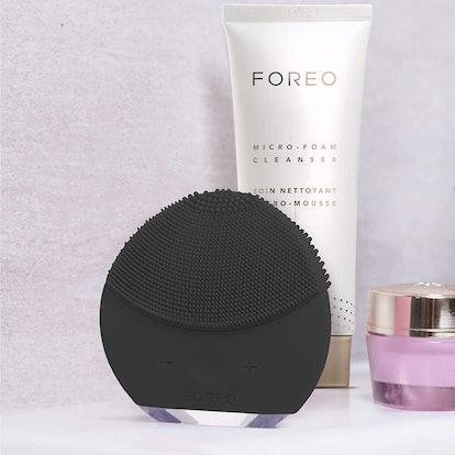 FOREO LUNA Mini 2 Facial Cleansing Brush