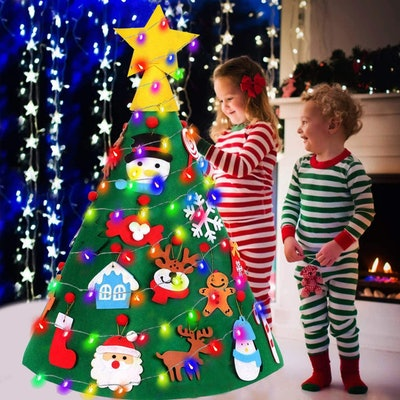 TOPLEE 3D Lighted Felt Christmas Tree Set with 20Pcs Xmas Ornaments 17 Ft Color String Light 2 Modes