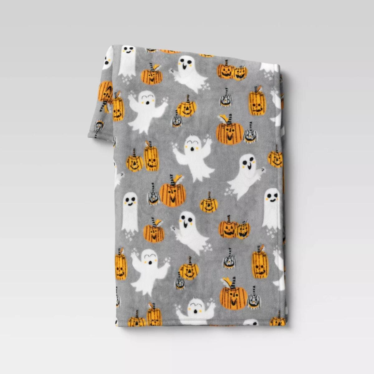 "50""x60"" Halloween Ghost and Pumpkin Plush Throw Blanket Gray - Hyde & EEK! Boutique™"