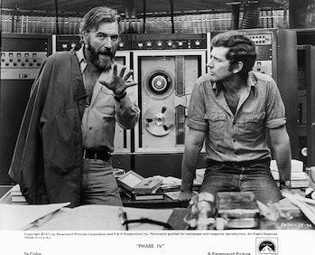 Nigel Davenport and Michael Murphy