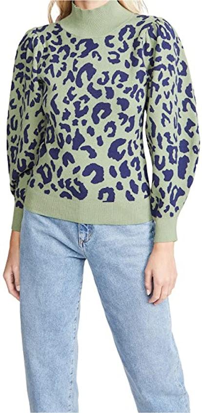 525 Leopard Mock Neck Pullover
